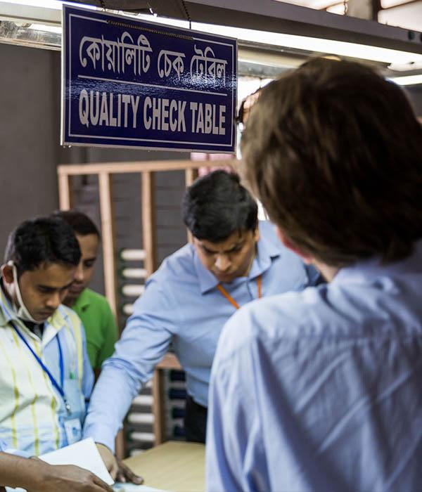 Bangladesch Jeans Mitarbeiter
