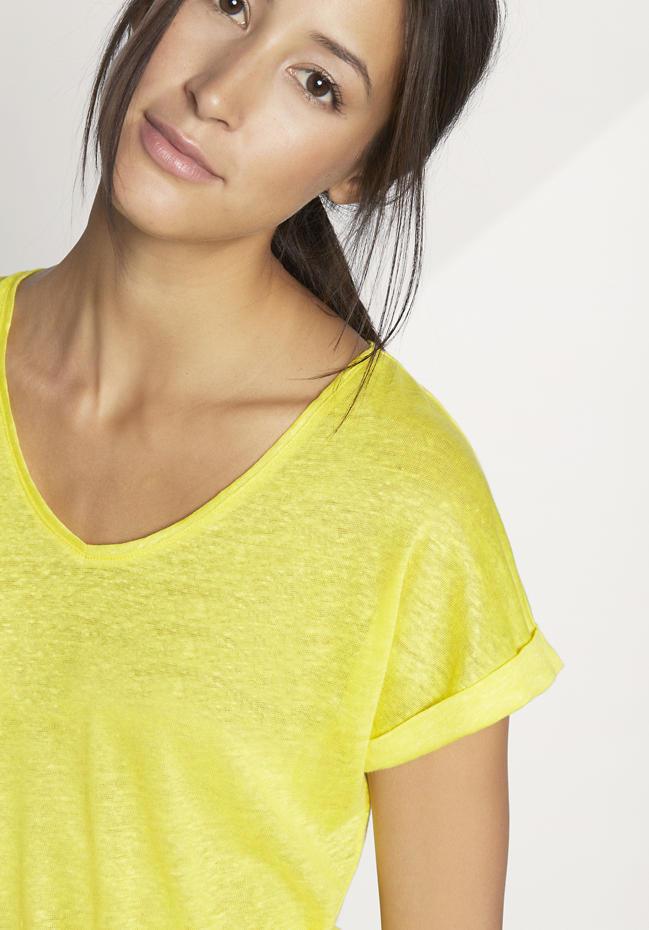 hessnatur gelbes Shirt aus Hanf