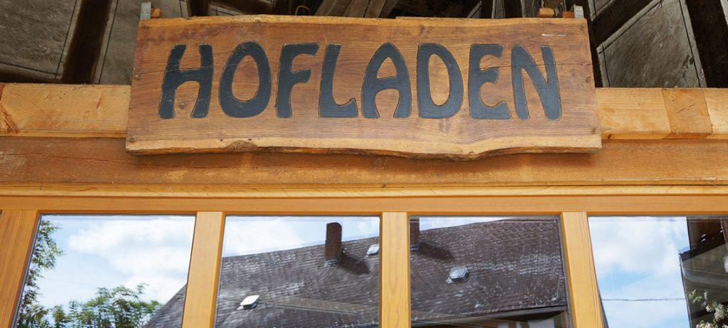 hessnatur-hessenleinen-besuch-leinen-feld-hofladen