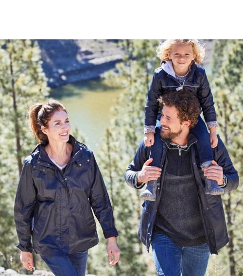 hessnatur Raincar Jacken für die ganze Familie