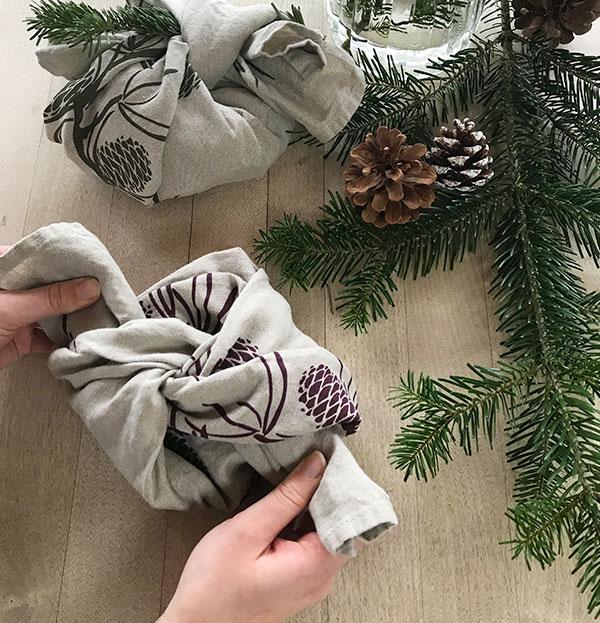 hessnatur Geschenk verpacken Schritt 3