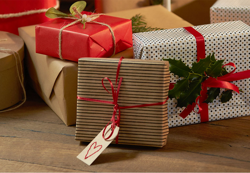 nachhaltige weihnachtsgeschenke bio und fair hessnatur. Black Bedroom Furniture Sets. Home Design Ideas