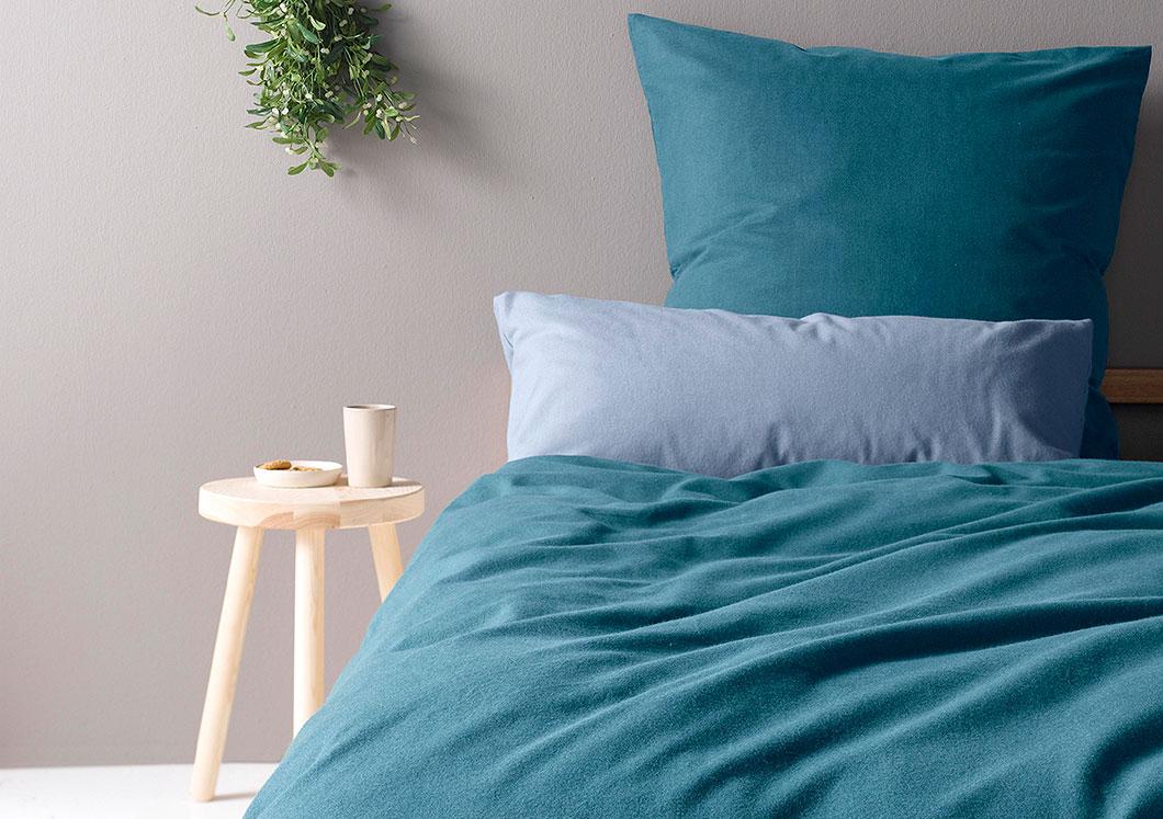 bettw sche sommer und winter hautfreundlich und nat rlich hessnatur deutschland. Black Bedroom Furniture Sets. Home Design Ideas