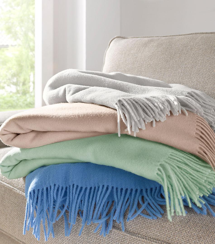 bio schlafzimmer matratzen kissen bettdecken und gardinen hessnatur deutschland. Black Bedroom Furniture Sets. Home Design Ideas
